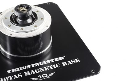 Thrustmaster : Base Warthog disponible en stand alone